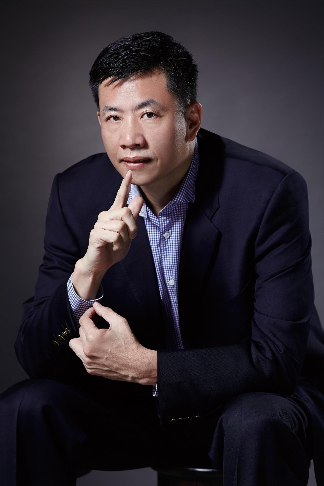 小积木筑起大世界 ——访汕头亚搏足彩app会副会长、广东邦宝益智董事长吴锭辉